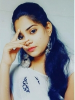 Anglo Indian beauty who wants to play with you
