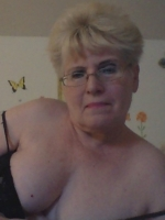 Sexy older kinky woman