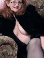 IMPeppa -- Naughty and Flirtatious Buxom Auburn Haired Siren!